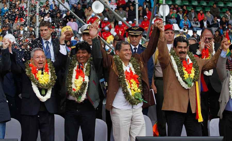 populismo socialismo latinoamerica correa castro morales maduro izquierda politica